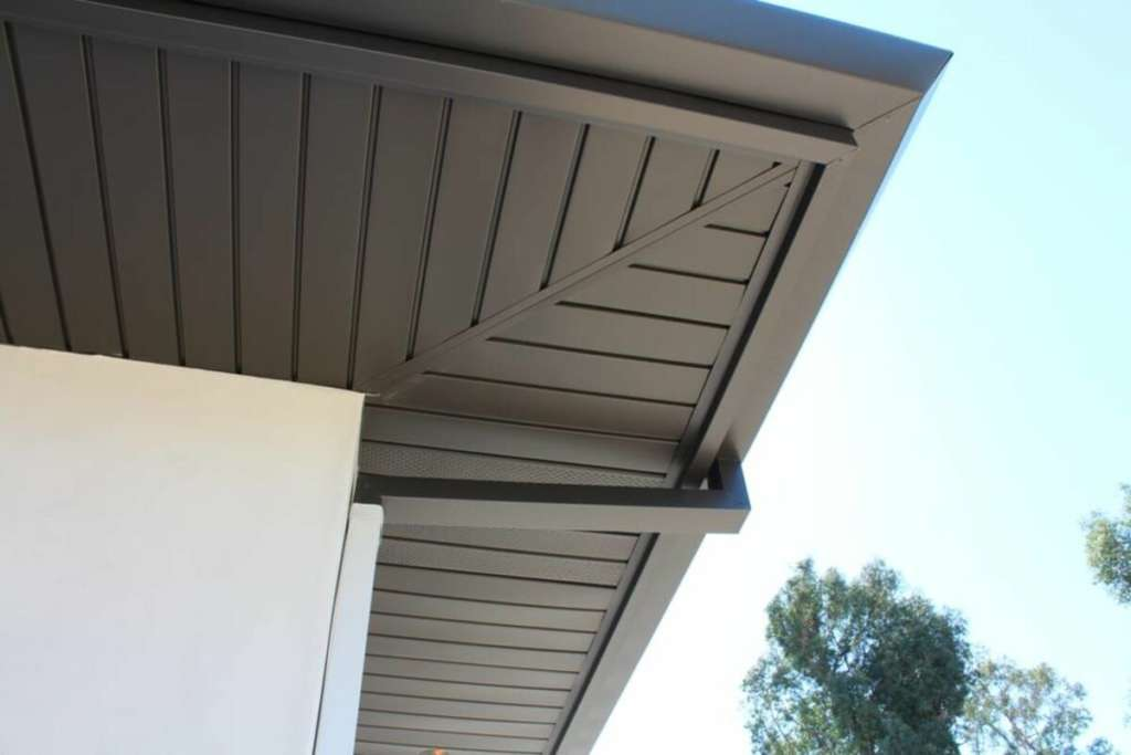 best-gutter-guards-for-metal-roofs