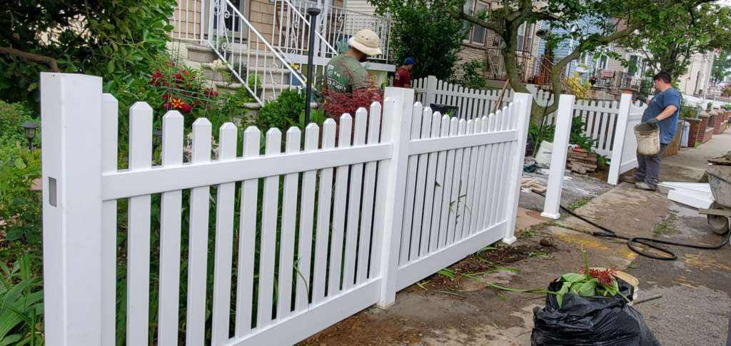 Project: Outdoor Fence Installation in the Bronx Project Shot 1