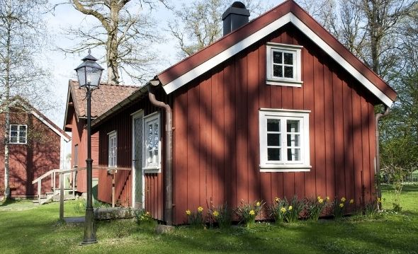Replacing Wood Siding on House: Pros and Cons